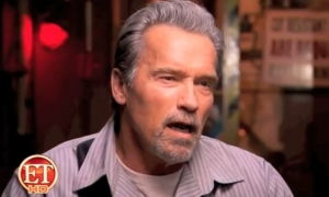 ET Interview with Arnold & Stallone - Escape Plan Promo