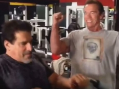 Arnold and Lou Get Pumped